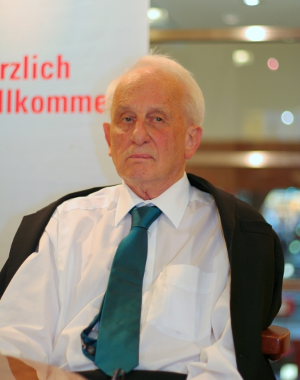 Rolf_Hochhuth_2009-1
